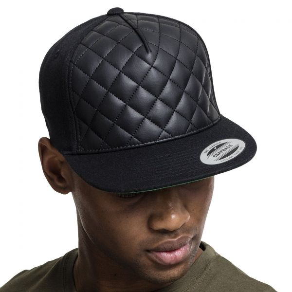Flexfit Diamond Quilted Snapback Cap - black