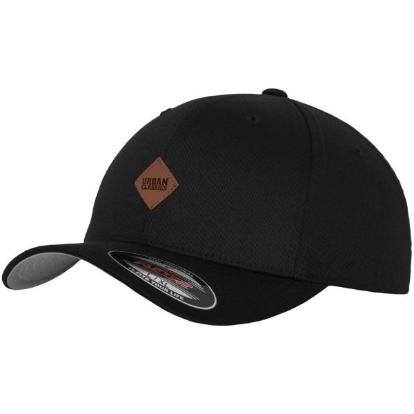 Urban Classics PATCH Flexfit Cap - schwarz